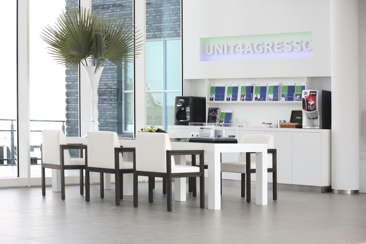 Unit4Agresso wit interieur kantoor Marcel de Graaf fotografie Deventer