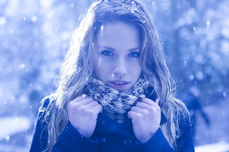 Modelfotografie, blue, sneeuw, vrij werk, koud