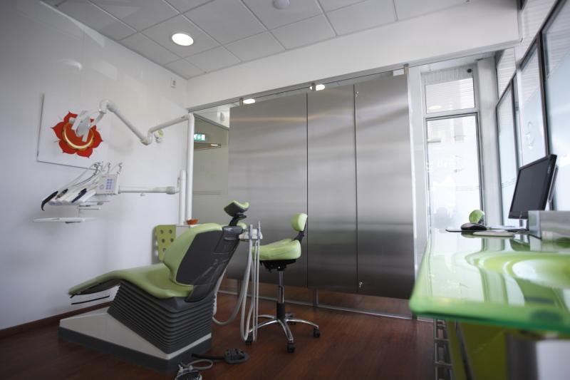 Mondhygiëne praktijk groene stoel Marcel de Graaf fotografie Deventer