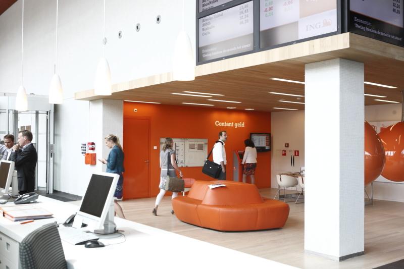 ING hoofdkantoor oranje wit interieur Marcel de Graaf bedrijfsfotografie Topwerkgevers
