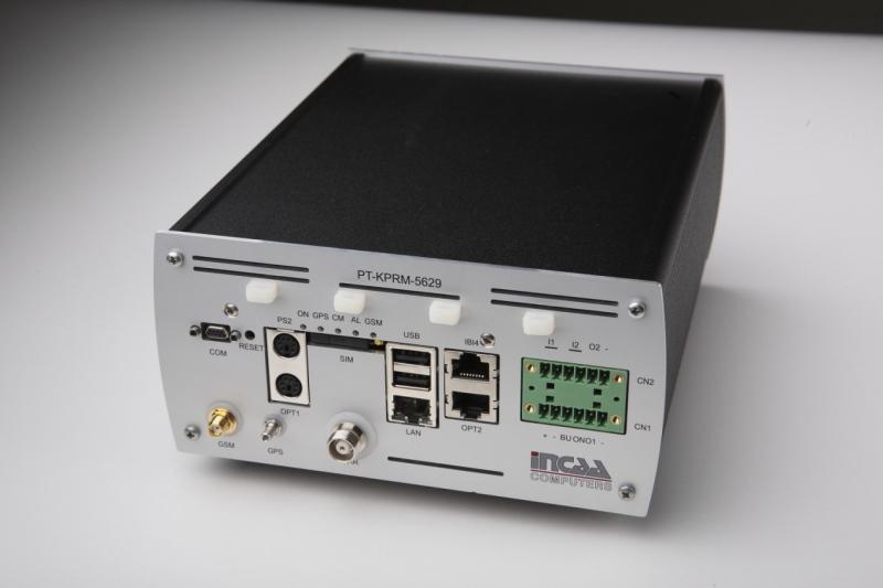 Incaa computers, productfotografie, groen licht,